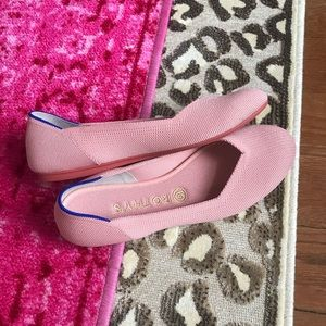 Rothy's Peachy/Pink Flat